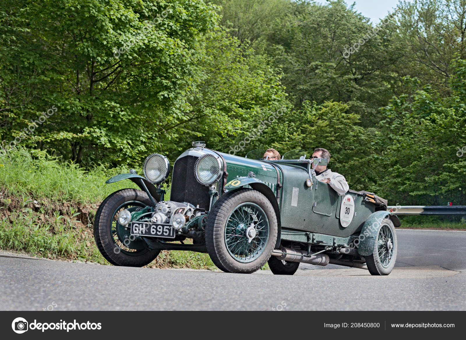 Old Racing Car Bentley Litre Supercharged 1930 Runs Rally Mille