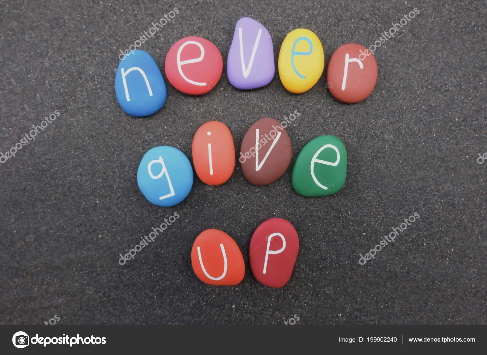 Nunca Desistir Mensagem Motivacional Com Texto Pedras