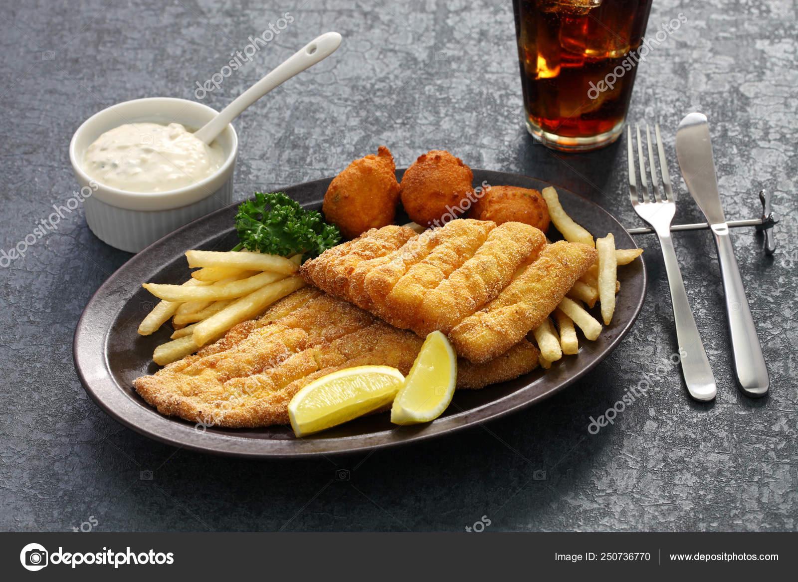 Smazone Ryby Poludniowej Plyta Kuchnia Amerykanska Zdjecie