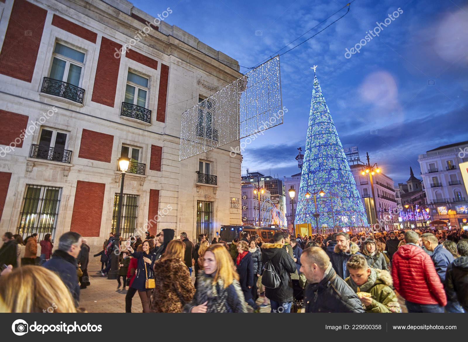 Madrid Espana Diciembre 2018 Puerta Del Sol Plaza Caer Noche
