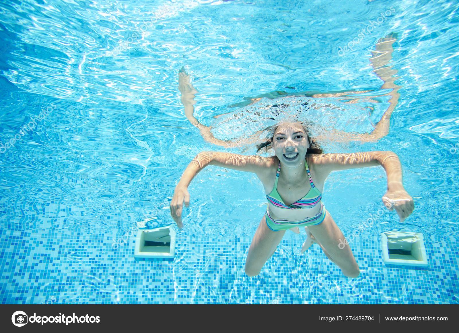 bikini tonåring pool