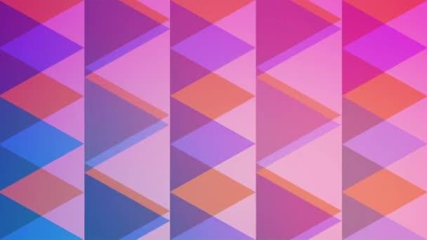 Retro barevné trojúhelníky s střídavými pohyby.