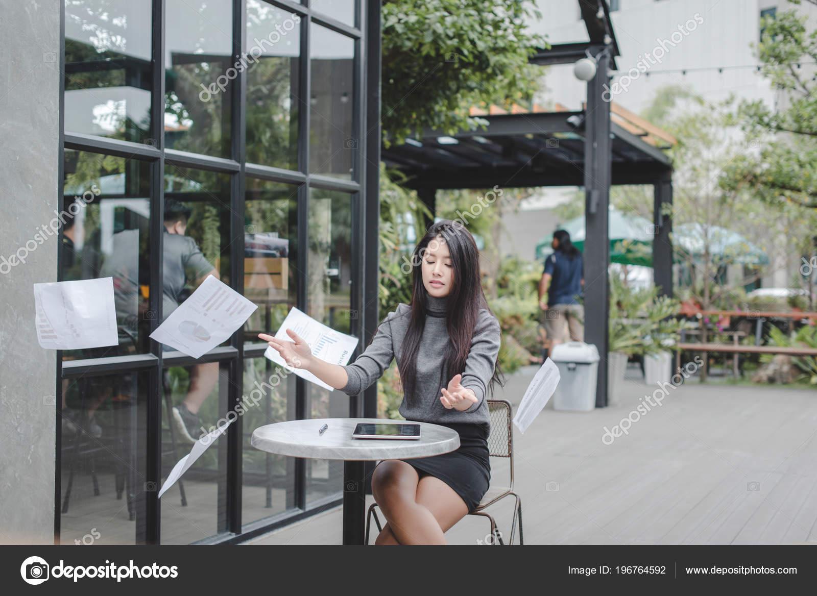 Un Piccolo Ufficio In Casa : Idee intelligenti come creare un angolo ufficio in una piccola