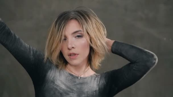 Видео надел арт модели видео фильм измена мужа