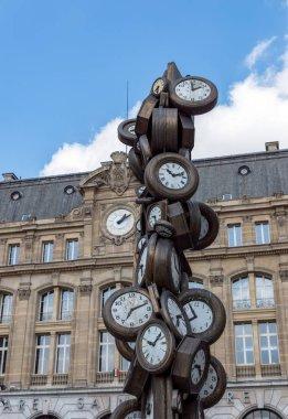 Art sculpture at Saint-Lazare train station in Paris