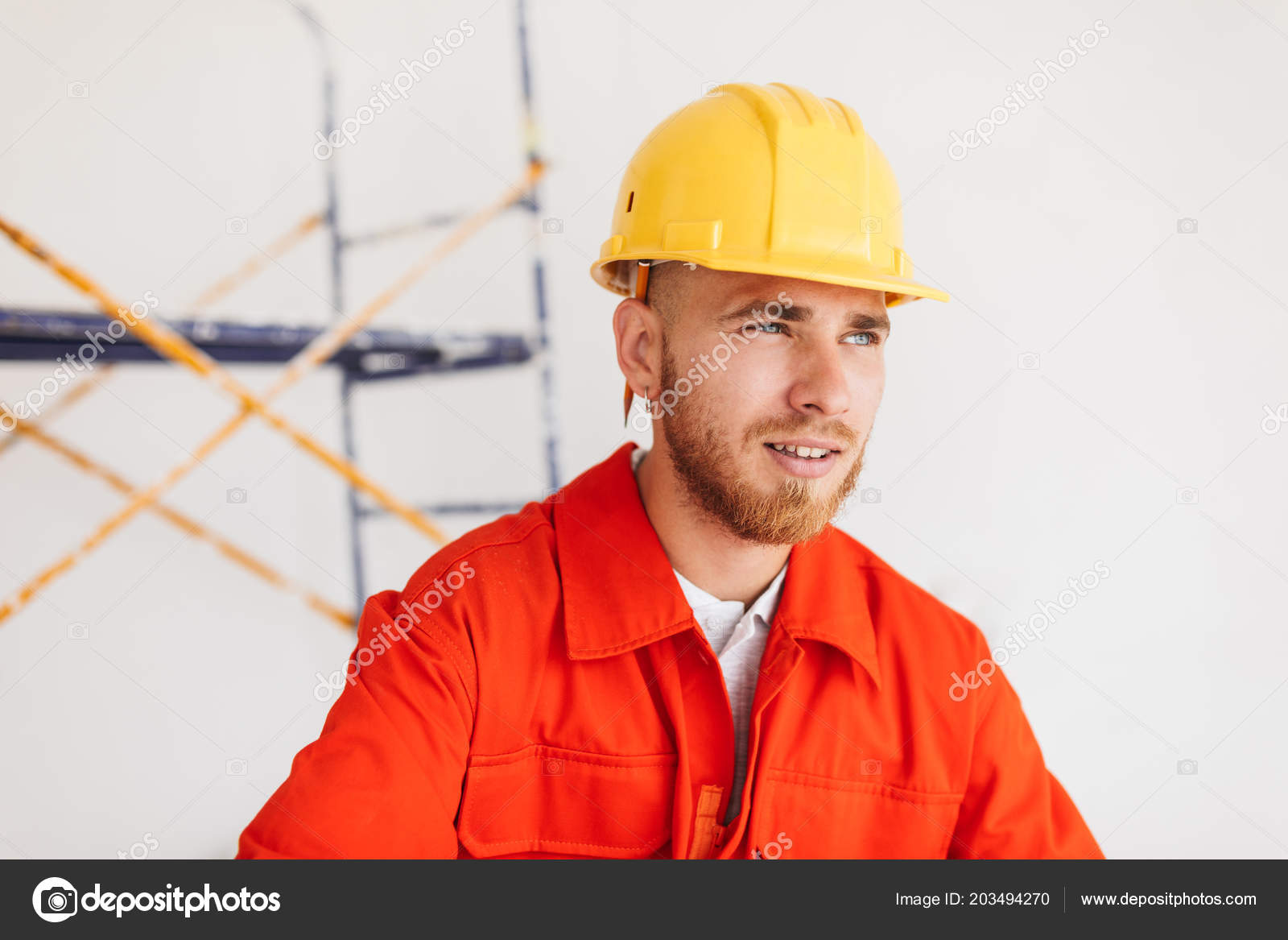 52200d612 Retrato Joven Capataz Naranja Trabajo Ropa Casco Amarillo Con Lápiz ...