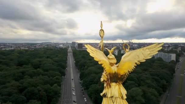 Lesklé Vítězný sloup v Berlíně
