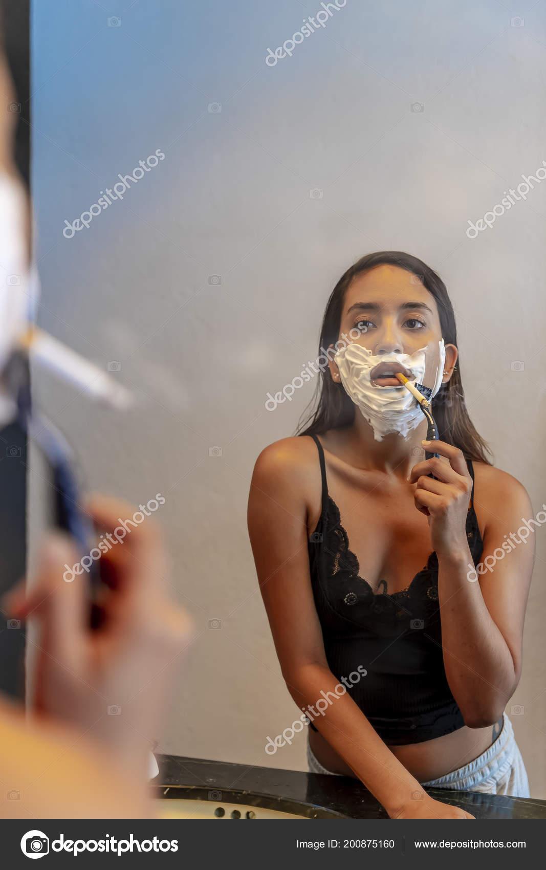 Krásné latina kouření