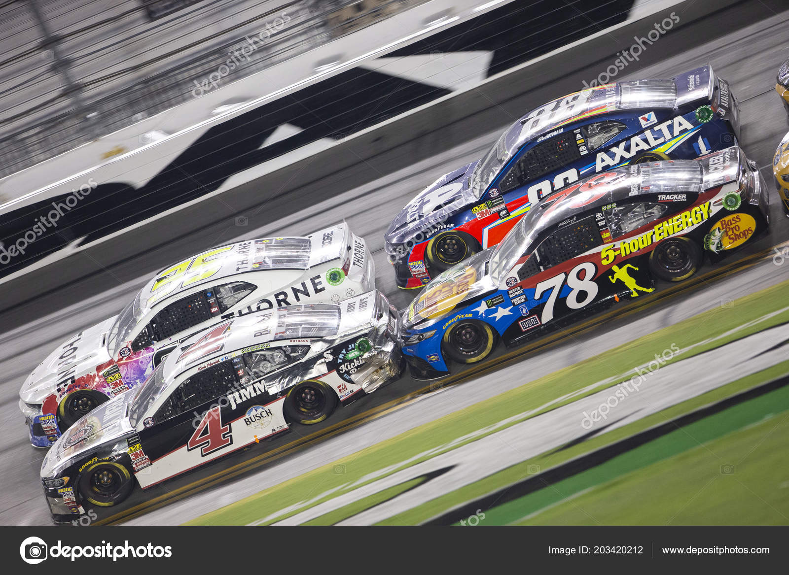 Daytona Dog Track >> July 2018 Daytona Beach Florida Usa Martin Truex Races Dog