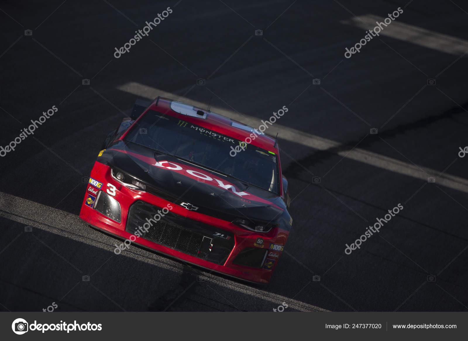 February 2019 Hampton Georgia Usa Austin Dillon Races Front