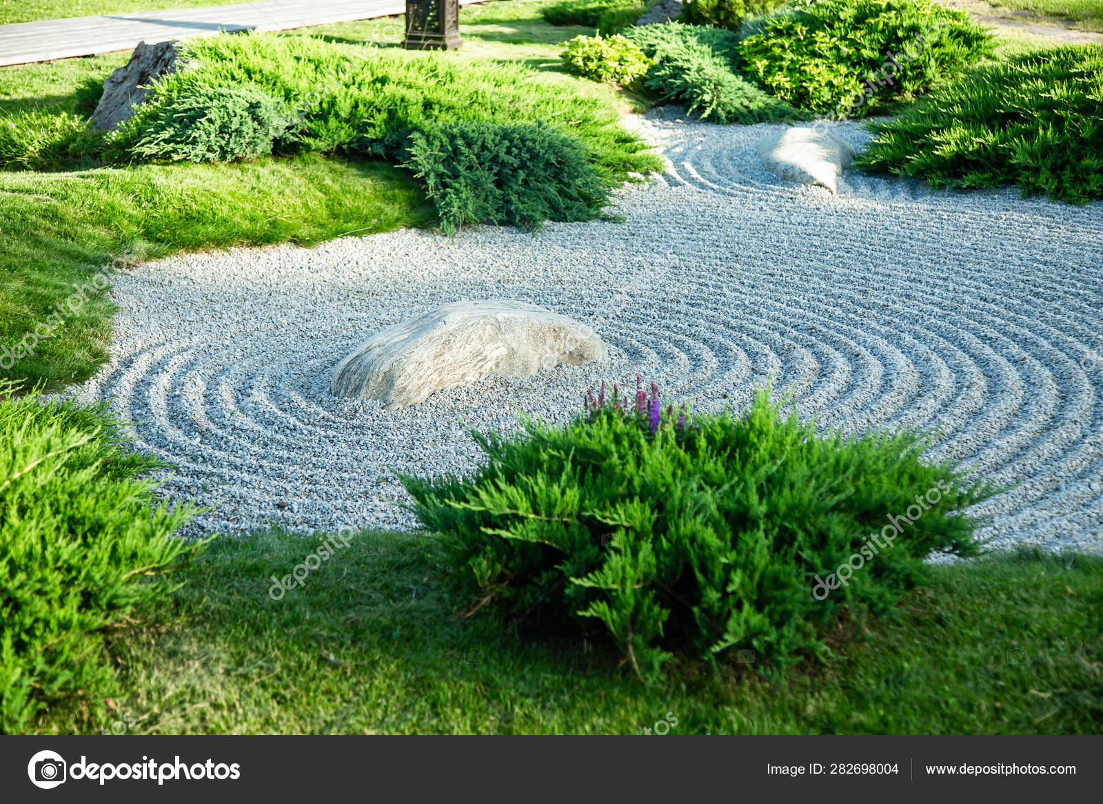 Japanese Rock Garden Garden Stock Photo C Thepushba 282698004