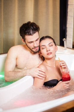 chromotherapy for couples. wellness treatment. health care
