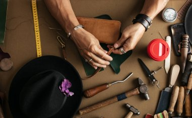 Genuine leather craft production with DIY tools