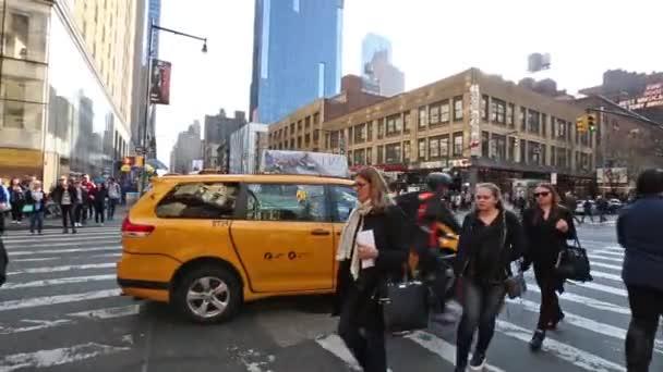 New york, New york, Usa. 2. září 2016: Manhattan scény s párou vycházející z poklop