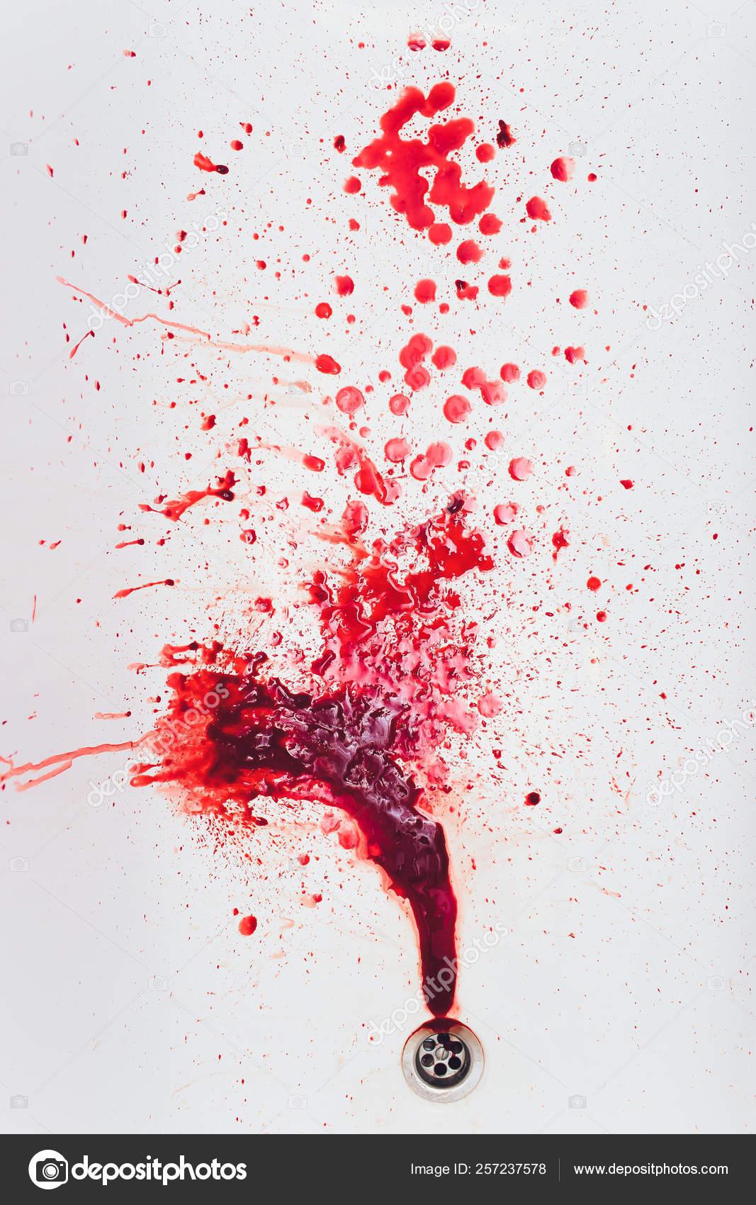 vörös vérfolt a lábán)