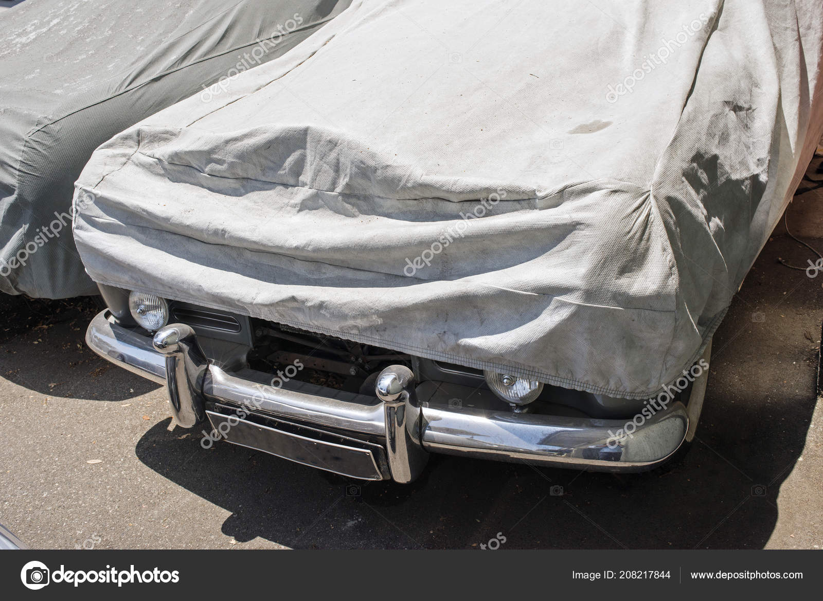 Wrapped Car Street Summer — Stock Photo © coolimagesco #208217844
