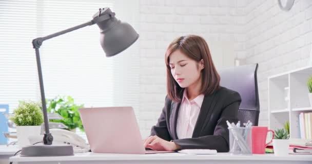 Asia businesswoman overwork