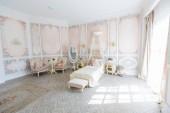 Vintage baba hálószoba lakberendezés világos bútorok