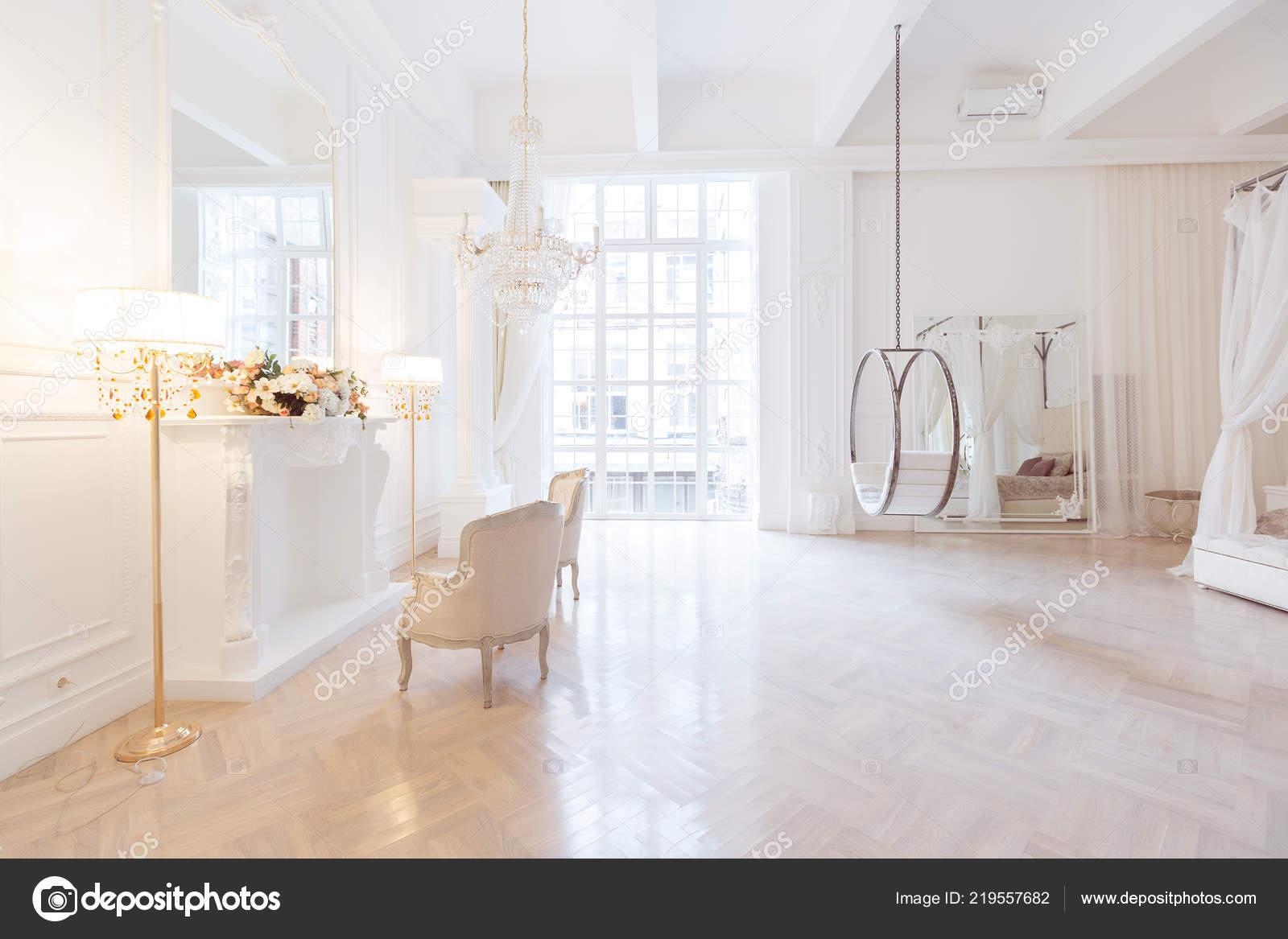 Luxe rijke slaapkamer interieur design met elegante klassieke