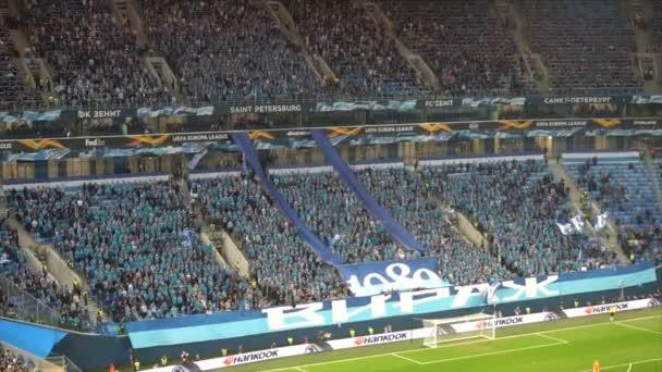 Saint-Petersburg, Rusko-27 listopadu 2018: fotbalový klub fanoušků podporovat svůj tým