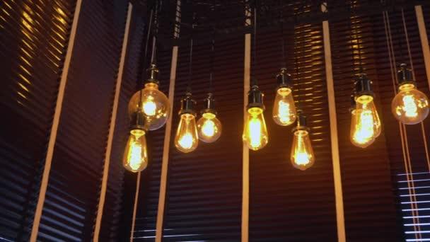 RestaurantDécoration Suspendu Antique Lampe ÉlectriqueÀ Incandescence Au Café Dans Bistrot En MagasinÉclairage Filament Style D'éclairage Plafond Et Le Décoratif Ampoules Edison UzMpSV