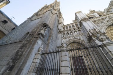 Toledo - Cathedral Primada Santa Maria de Toledo facade spanish church Gothic style