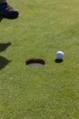 hrát golf na letní den a zelený trávník v Jižní Německá krajina