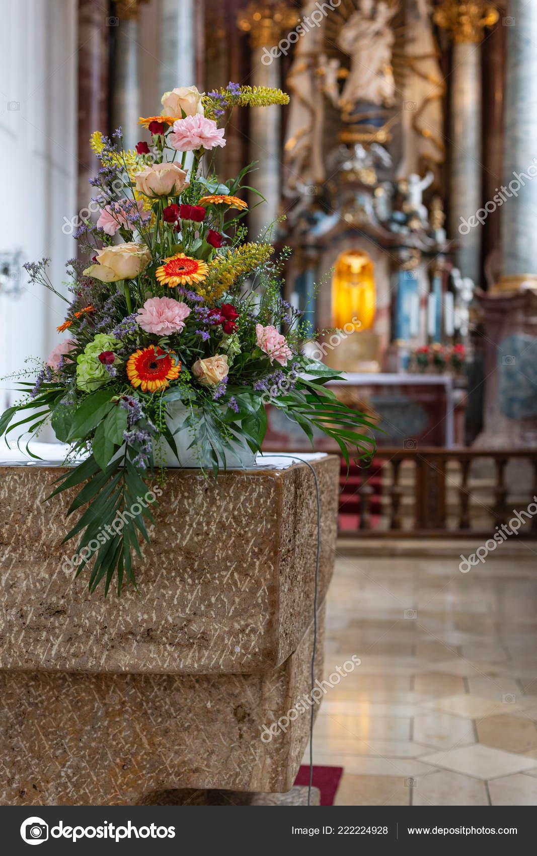 Flower Bouquet Church Altar Historical City South Germany Stock Photo C Rudolfgeiger 222224928