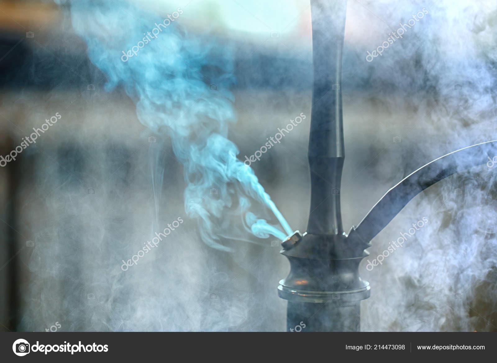 kouření trénink stroj zblízka kouření trubice