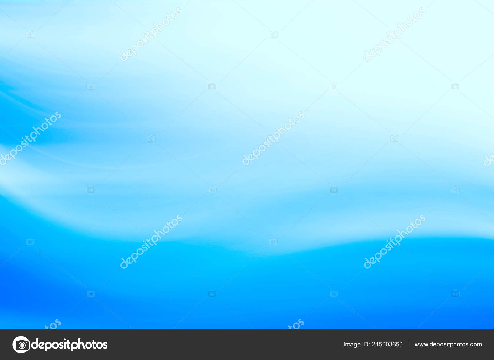 Blurred blue background / gradient fresh transparent design background, blue abstract wallpaper — Photo by xload