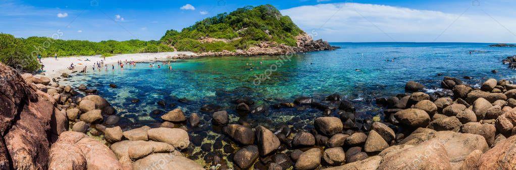 Pigeon Island Sri Lanka Juli 2016 Leute Schnorcheln Einem