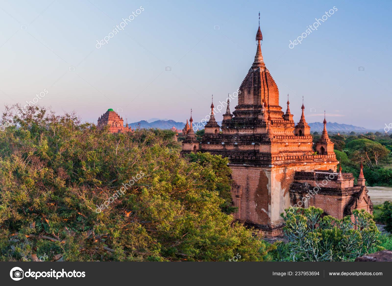 Shwe Nan Yin Taw Temple Sulamani Temple Background Bagan