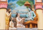 Sukadeva Goswami a mudstci-nástěnné umění na stěnách hinduistického chrámu Mayapur, Indie, 14. března 2019.