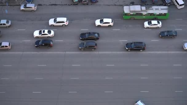 Auta jedoucí po silnici Top View