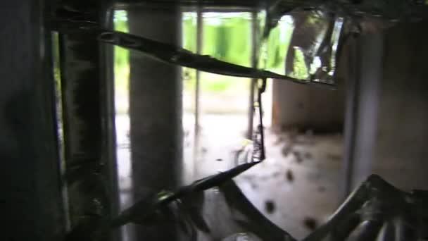 TRAVELING RUINS THROUGH BROKEN GLASS