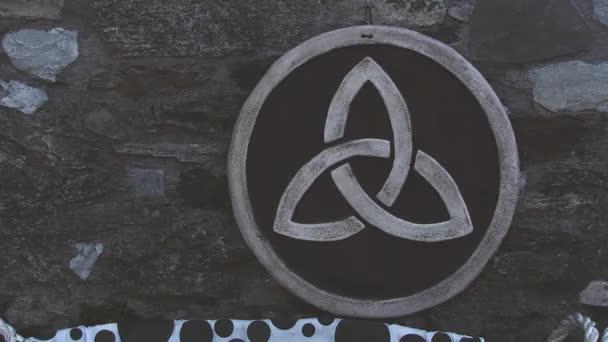 Trisquel kelta fa szimbólum
