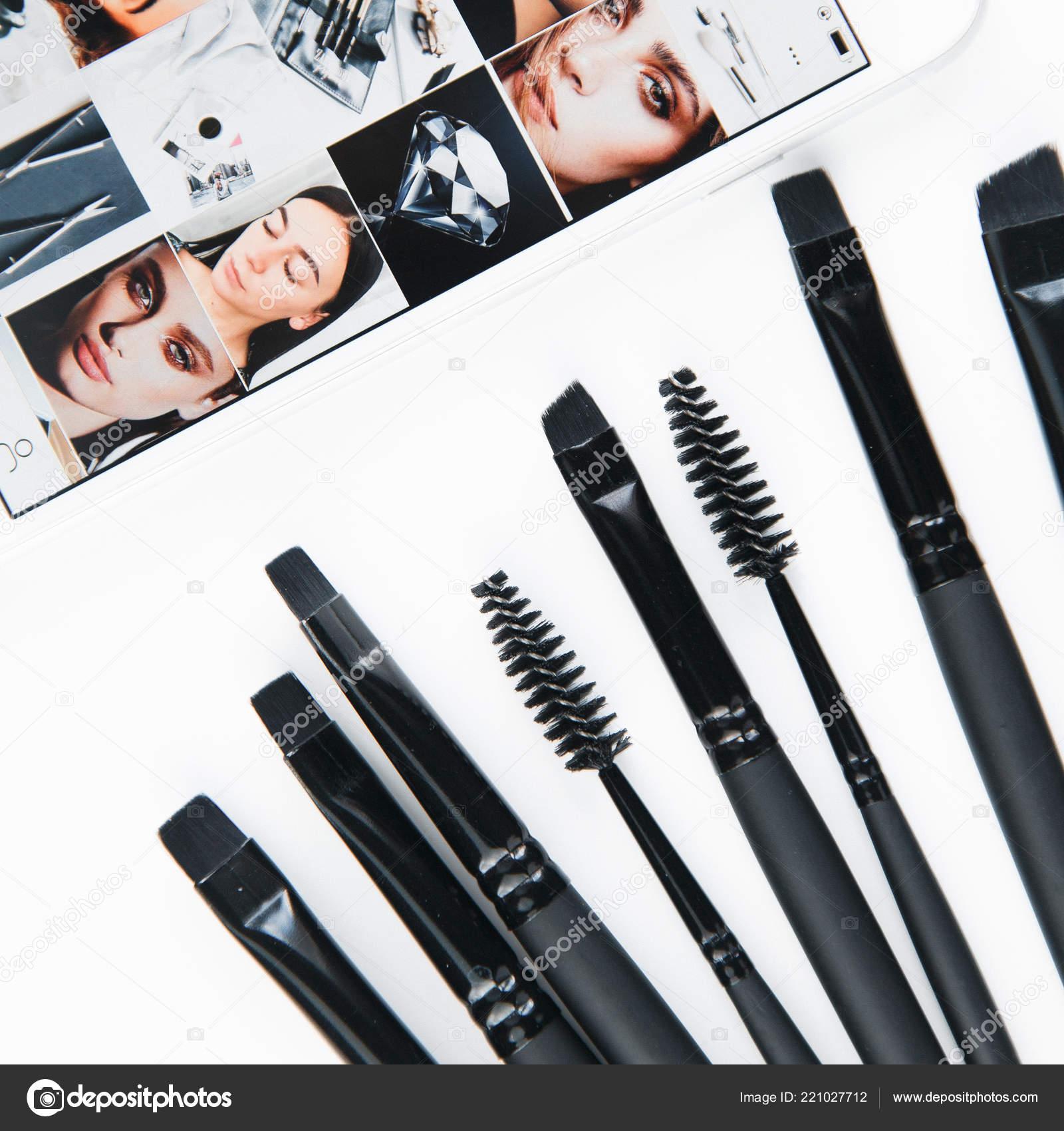 Brush Brow Makeup Artist Set Cut Bon