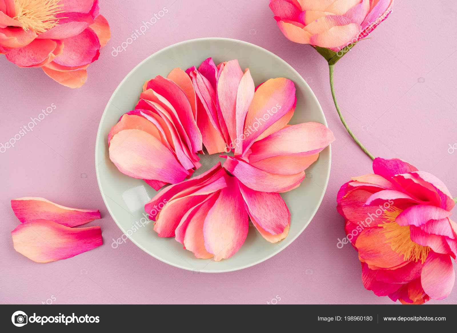 Flores De Papel Crepom Peonia Fotografias De Stock C Ecoelfen - Flores-de-papel-crepe