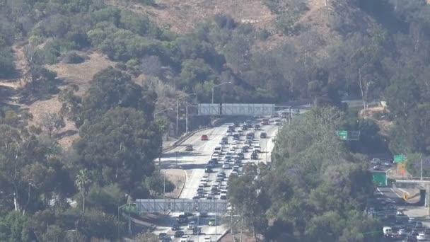 A Los Angeles-i autópályán a forgalom Ariel nézet
