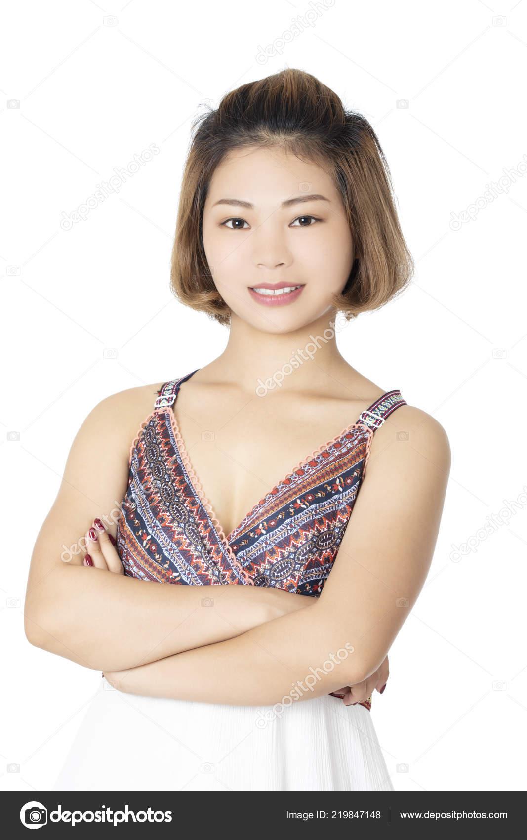 280e7549d Hermosa Mujer China Vestida Ropa Casual Aislado Sobre Fondo Blanco — Fotos  de Stock