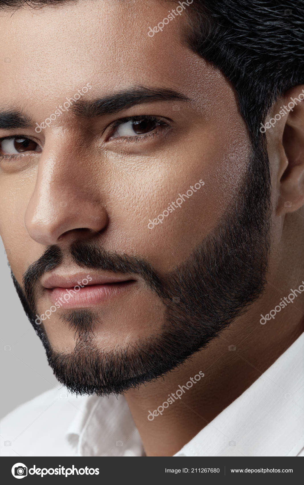 Pics: black beard styles | Handsome Man With Beard Style And