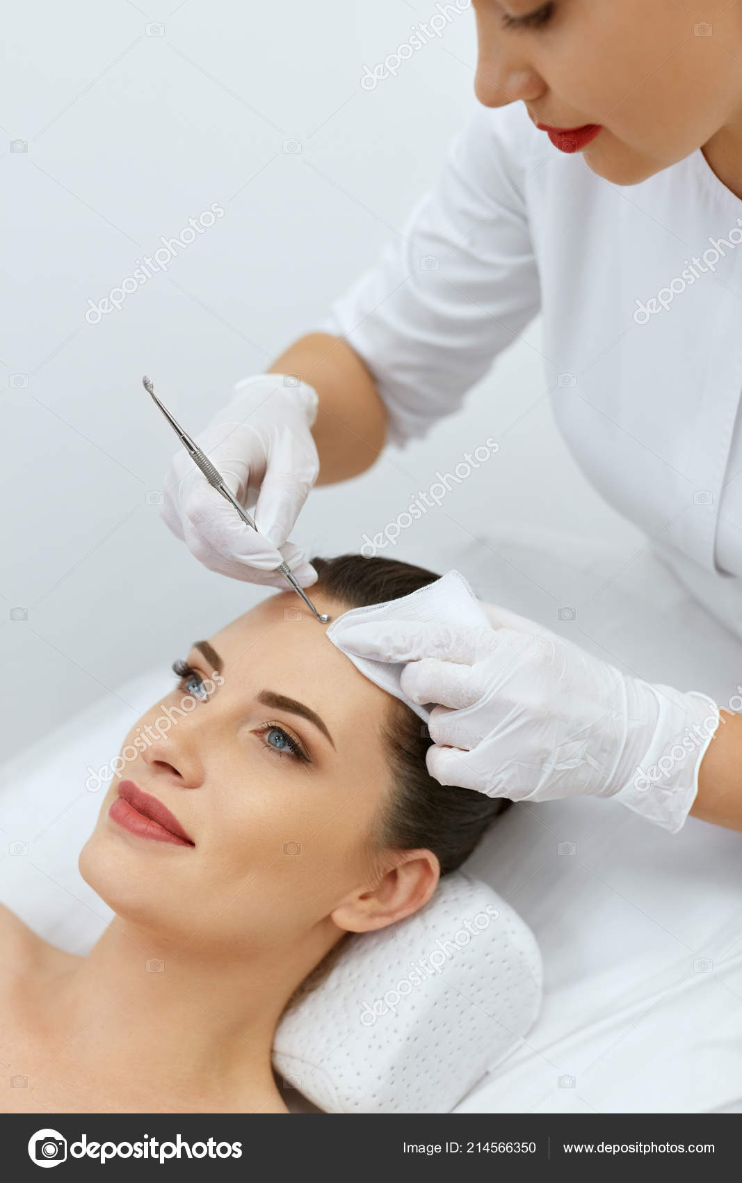 Mechanical cleansing of the face: what it is, description of the procedure, contraindications 89