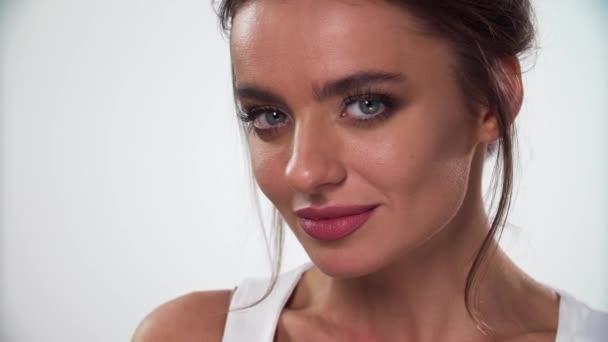 Beauty Makeup. Woman With Beautiful Face Makeup Closeup