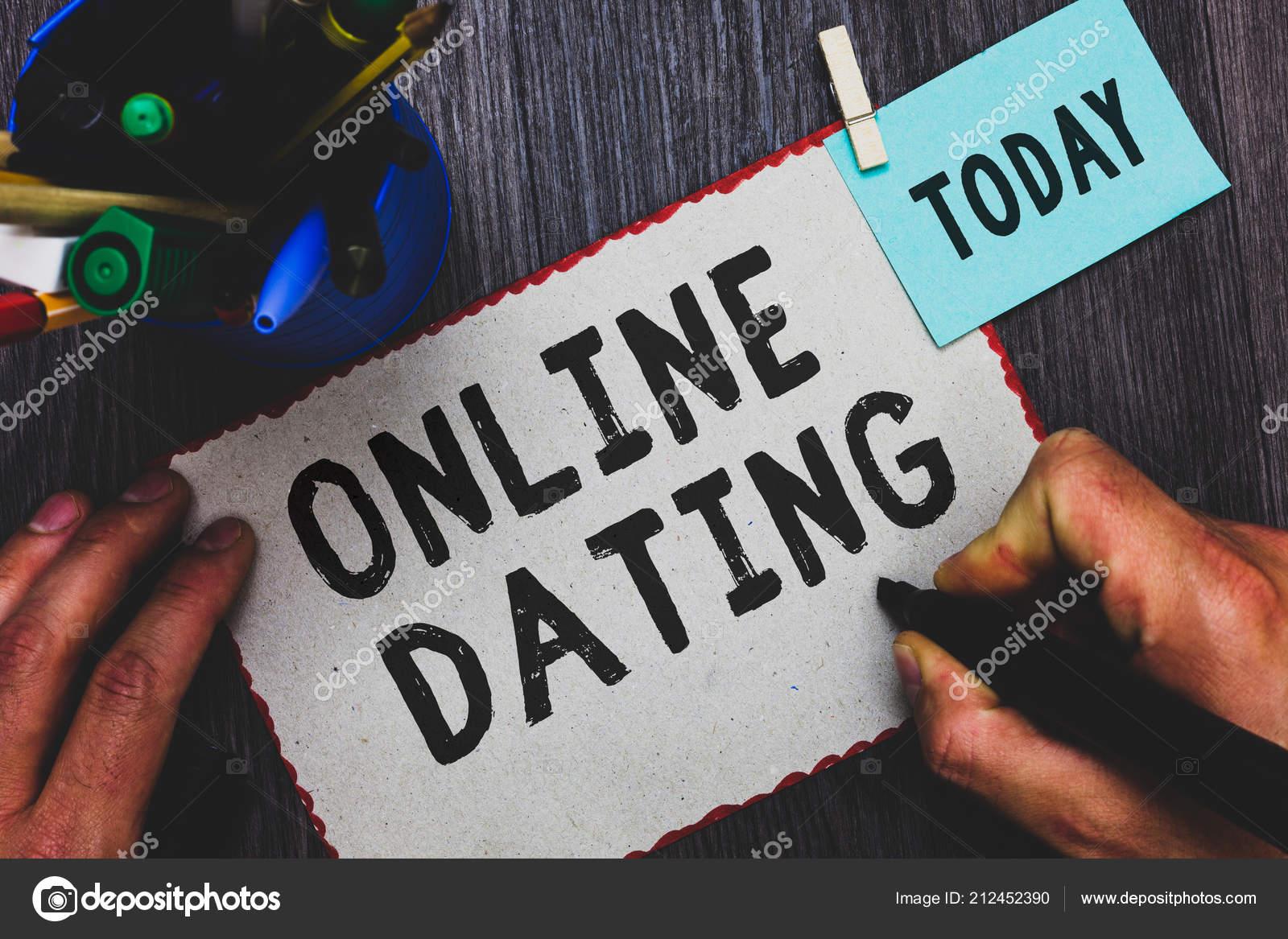 Průzkum online datování