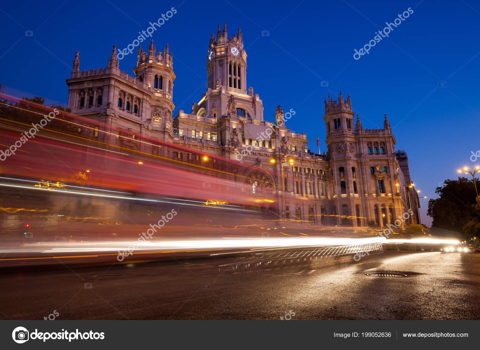 Palacio Cibeles Noite Verão Madrid Espanha Stock Photo
