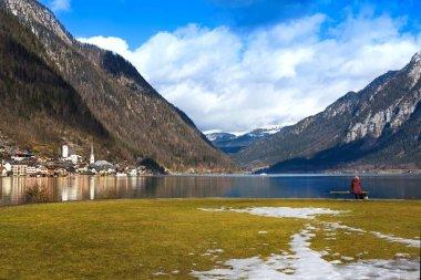 View idyllic Alpine mountains and lake. Sunny winter morning in Hallstatt, Austria, Europe