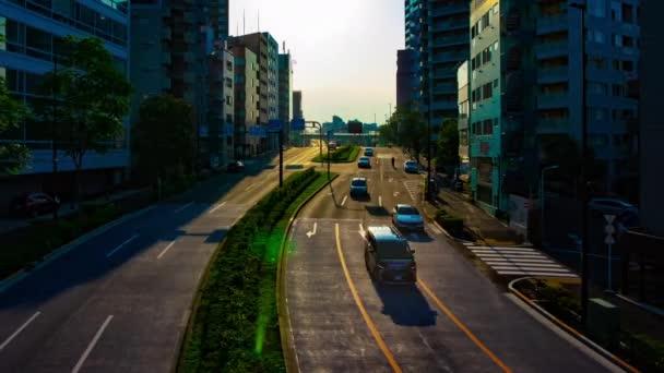 Časový průběh zelené ulice poblíž parku Yoyogi v Tokiu