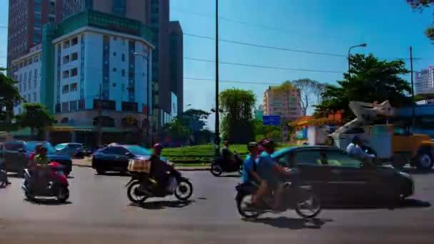 Včas dopravní zácpa v rušném městě v Ho Chi Minh široký záběr zoom