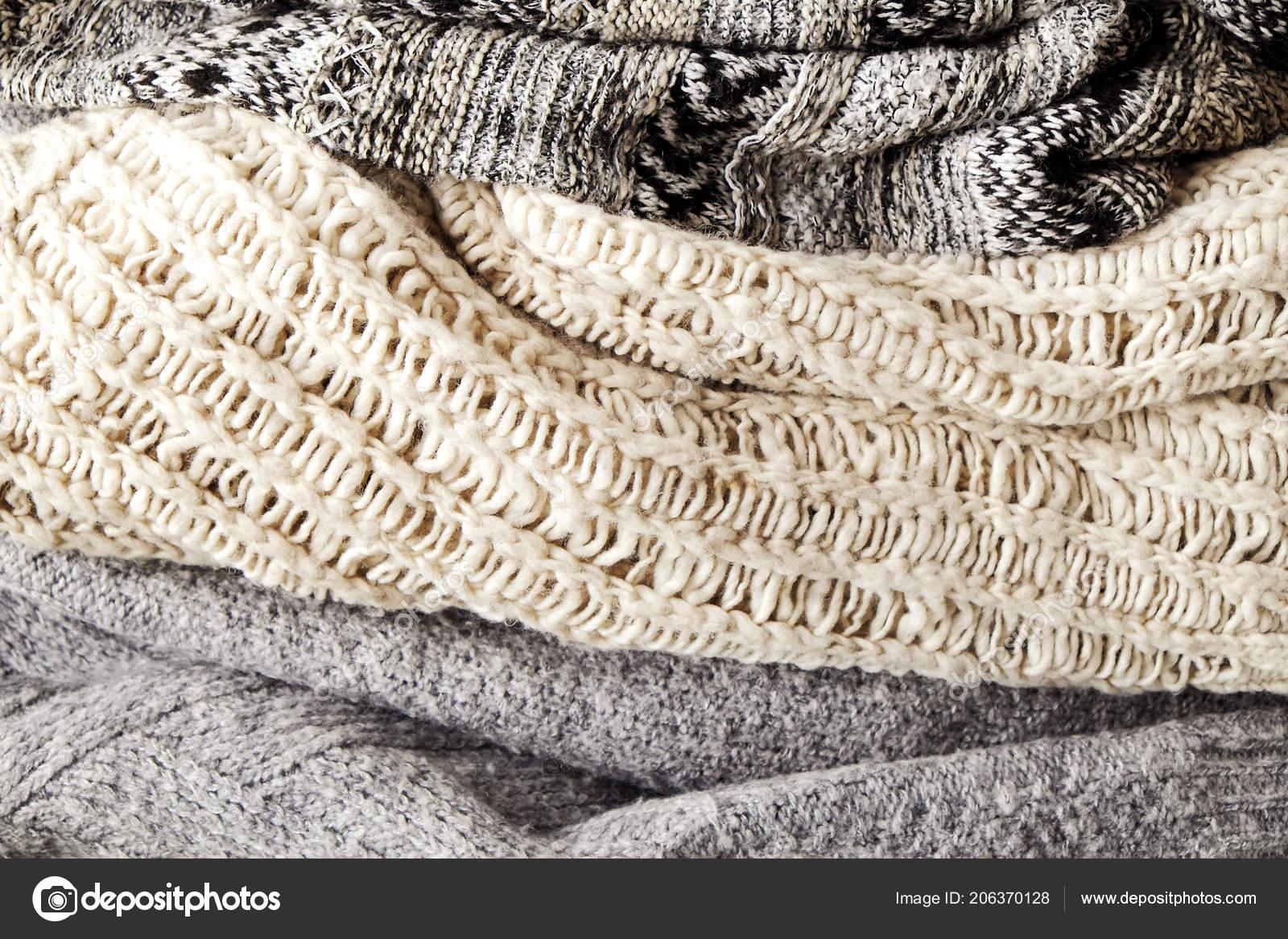 Montón Suéteres Punto Color Pastel Caliente Con Patrones Que Hacen ...