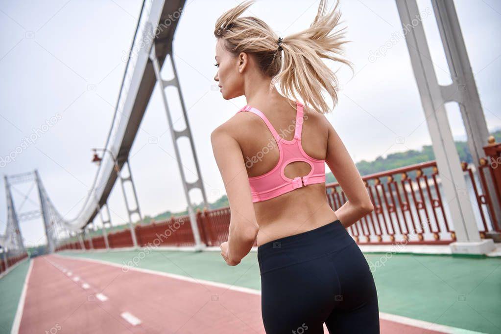 teen-girl-stripes-while-exerciseing